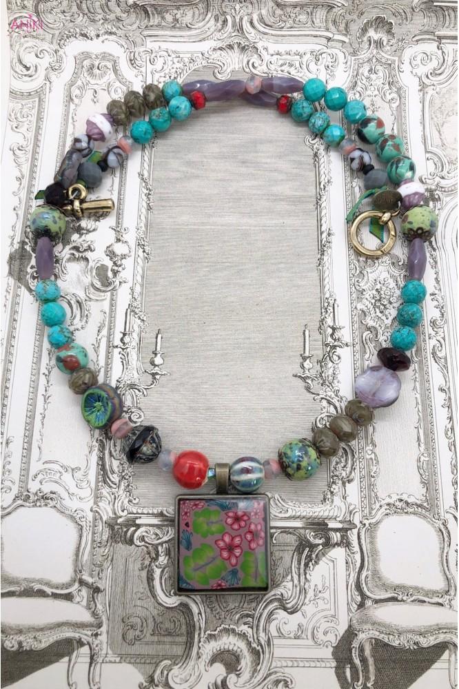 collier mi-long Agata