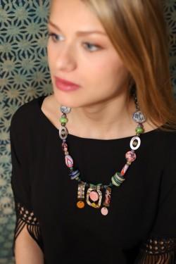 collier kumba sur modèle