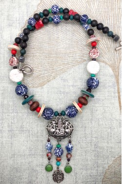 Collier Chinoiserie Ecusson