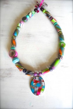 Collier court IKAT N°1